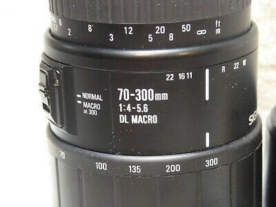 Sigma - 70 - 300 mm 1:4 - 5.6 DL Macro Lens for Canon AF very good condition
