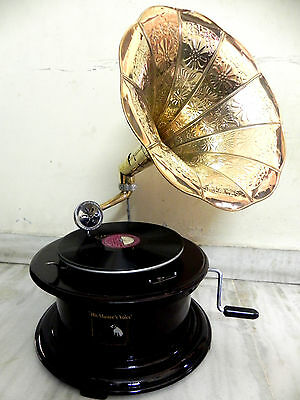 Antique Round Working Gramophone Phonograph  Machine With Brass Crafted Horn