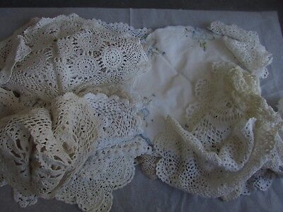 Large Collection Vintage Crocheted Doilies Table Centres Runners Estate Lot