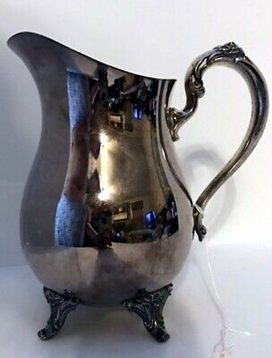 Oneida Silver Plate Water Beverage Pitcher With Ice Lip Flower Designs 4 Footed