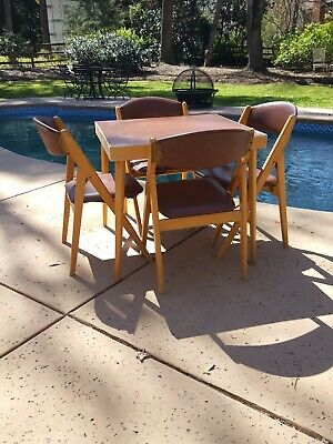Stakmore Folding Card Table And Four Folding Chairs 69 30