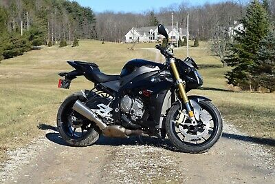 2016 BMW S1000R  2016 BMW S1000R - Loaded - 6100 Miles - Newer Tires - Ready for Summer