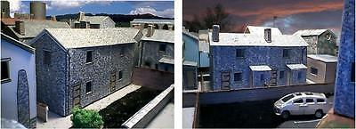 Old Terraced Stone Cottage. Card Kit - HO/OO and N Gauge.