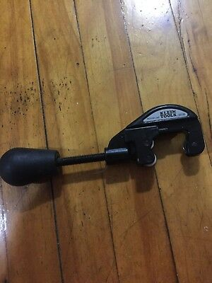 i150) Klein Tools Pipe/Tubing Cutter (53730)