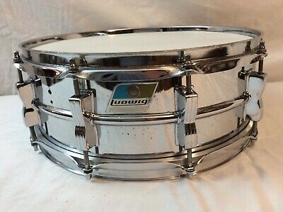 Ludwig LM 400 Supraphonic Snare Drum. 10 Lug  Early To Mid 1970s  Worldwide Ship