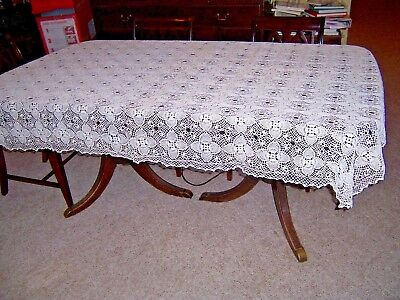 Vntg Tablecloth Hand Crocheted 79 x 59 Beige Dining Table