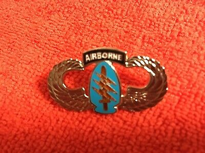 Us Army Special Forces Large Size Airborne Hat Pin