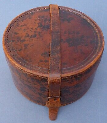 Lovely Antique Edwardian Leather Gentleman's Collar Box Early 20th Century