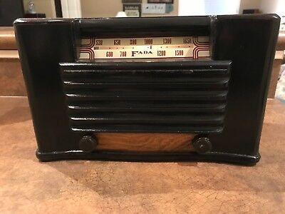 FADA Tube AM Tube Radio Model 1001 Wood Cabinet Restored Working
