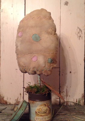 Primitive Farmhouse Easter Egg Sitter in Easter Tin Can