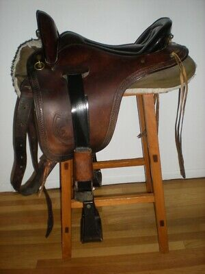 WESTERN SYNTHETIC ENDURANCE Saddle Pkg (Without Horn) Brown