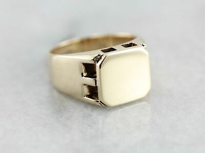Vintage Men's Yellow Gold Signet Ring with Retro Industrial Style
