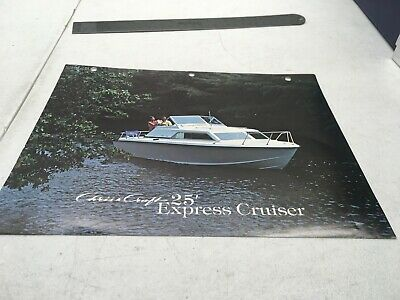 EQUIPMENT AD INFO Specs Chris Craft Boat Brochure 1973 25' Express Cruiser  Color