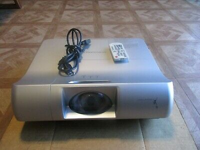 PROMETHEAN PRM-30 Short-Throw HDMI Projector with Remote & Cable *Qty Available