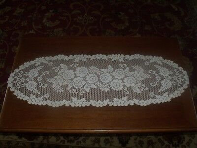 Vtg Hand Crocheted Oval Scallop Filet Lace Flower Doily Table Runner Scarf 46X14