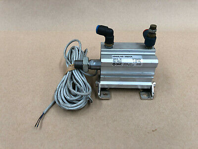 SMC CDQ2L40-35DCM with D-A73 1Z COMPACT CYLINDER 575659