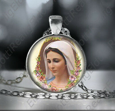 Our Lady of Medjugorje Necklace Virgin Mary Round Medal Silver Tone Pendant