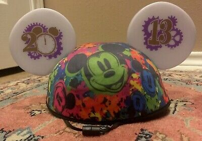 Disney Parks Mickey Mouse Friends Light-Up  Magic Glow Hat Mickey Ears 2013