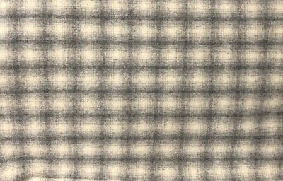 """HAND DYED RUG HOOKING WOOL Mill-Dyed APPLIQUE """"GRAY PLAID"""" YARDAGE"""