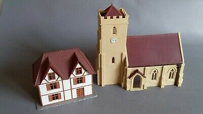 Hornby R599 Country Church + Building Good Condition Unboxed Oo Scale(Lw)