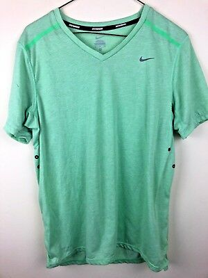 431333fa6c12 451266-701 NEW WITH tag Nike Men s VOLT YELLOW tailwind running ...