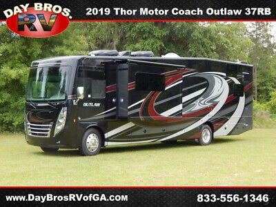 2019 Thor Motor Coach Outlaw 37RB Class A Gas Toy Hauler Motorhome RV Coach