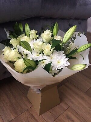 FLOWERS Delivered UK ROSES White Lily Bouquet Free Flower Next Day Delivery