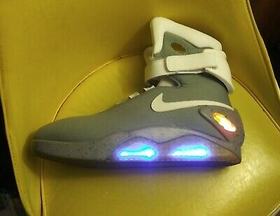 hot sale online 857ca 125d6 Nike Air Mag Universal Back To The Future 2 Sneakers Size 14