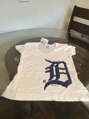 NWT Detroit Tigers Majestic White T-Shirt Women's Small Brand New With Tags!!!