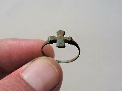 Ancient late Roman - Byzantine bronze ring nicely decorated with Cross