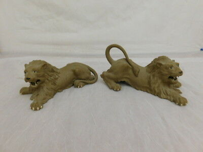 Vintage Chinese China Pottery Lions Pair Great Detail Teeth Whiskers Statues
