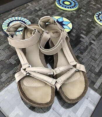 33c11a7a87e0 NEW TEVA YSIDRO Universal Sandal Leather Taupe Sandals Womens 8 ...