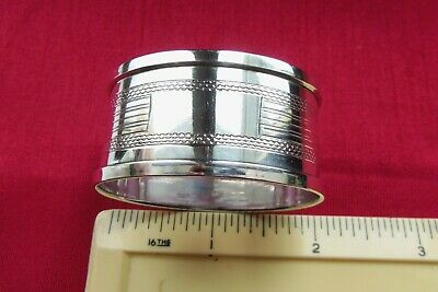1935 QUALITY SOLID SILVER NAPKIN RING by HENRY GRIFFITH & SONS, (JUBILEE MARK).