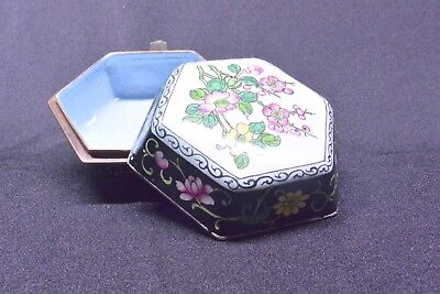 Vintage Six-sided Lidded Chinese Cloisonne Ring Box