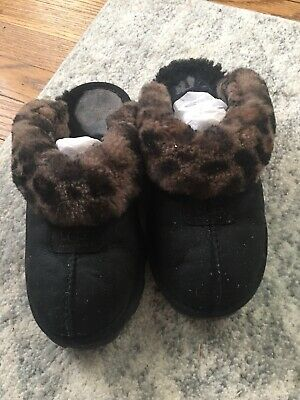 7652ba5ced4 UGG WOMENS SLIPPERS Size 8 #795 - $15.00 | PicClick