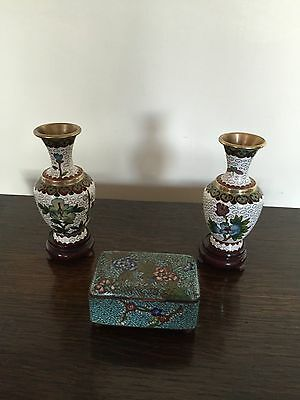 "Pair Of Lovely Cloisonne Vases On Hardwood Stands 4.5"" Tall & A Chest On 4 Feet"