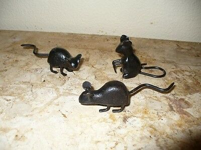 Cast Iron Metal Set/3 Mice Mouse Rodent Figurine Statue Home Garden Cabin Decor