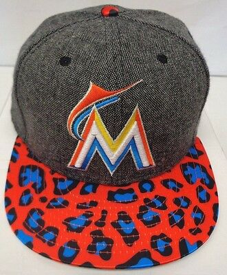 separation shoes cc819 b1949 Miami Marlins Men s New Era Satin Specialty M L 9FIFTY Snapback Cap Hat