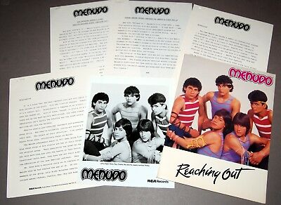 MENUDO 1984 Reaching Out 6pc Promo Photo Press Kit Lot Boy Band Robi Rosa