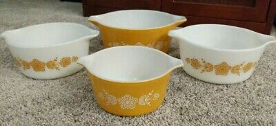 Vintage Pyrex *Butterfly Gold* Cinderella Nesting Mixing Bowls Set of 4