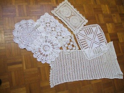 Lot de 7 anciens napperons au crochet fin