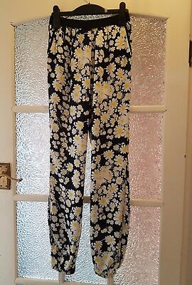 BNWT TU Girls Harem Style Soft Daisy Floral Trousers 10-11 Years