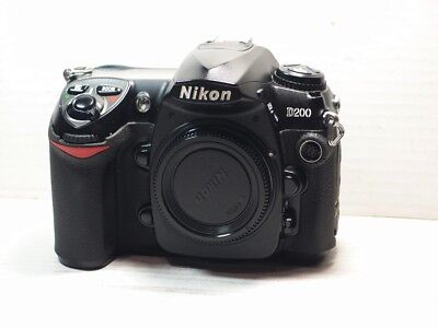 Nikon D D200 10.2MP Digital SLR Camera - Black (Body Only)+BATTERY+CHARGER