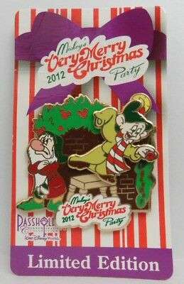 Disney Dopey & Grumpy Annual Passholder Very Merry Christmas Party 2012 LE Pin