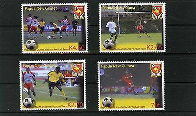PAPUA NEW GUINEA 2004 Sports Soccer Set Of 4 Stamps Mnh