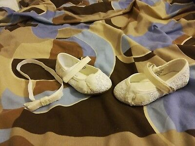 Girls Young DImension White / Glitter headband and shoes size 3
