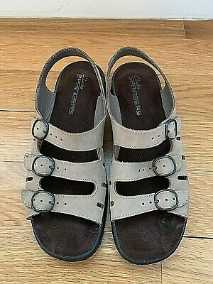 7a3f78aaa9a7 Clarks Ladies Springers Sandals Size 9.5 Shoes Tan Brown Suede 3 Buckle  Strap