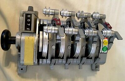Hollywood Film Company 4 Gang 16mm Film Synchronizer with Counter. Working. Sl