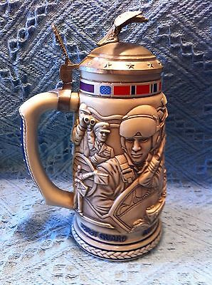 """Nos 1990 Avon """"Tribute To The Armed Forces"""" Stein"""