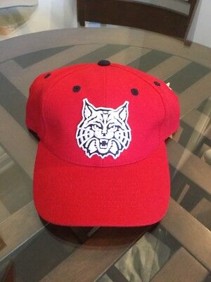hot sale online 0a131 95e43 NWOT Arizona Wildcats Red Wool Hat Cap 7 1 4 TOW Top Of The World